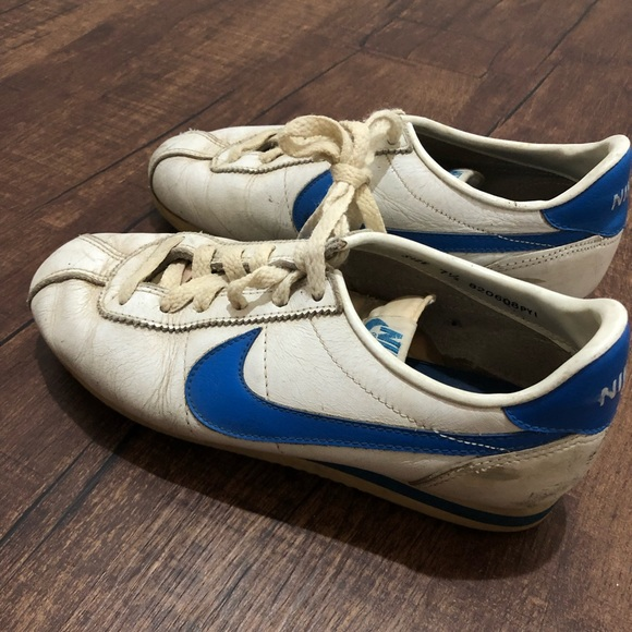 reputable site 84c18 daf88 70s Nike Cortez White and Blue Sneakers